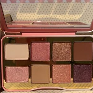 Too Faced Makeup - Too Faced Tickled Pink eyeshadow palette